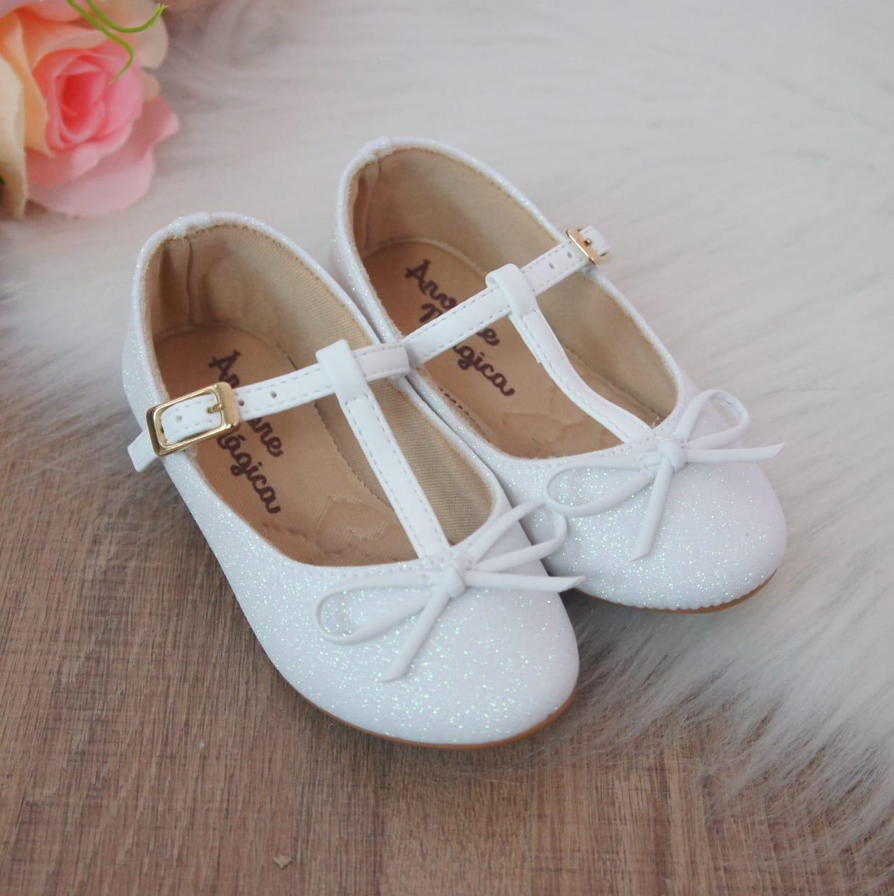 Sapatilha Glitter Branco Lacinho